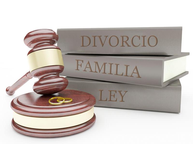 Abogada especializada en derecho de familia